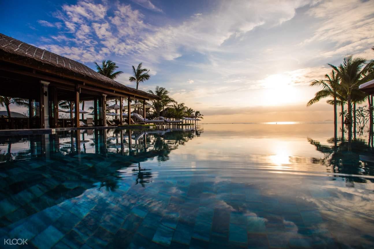 hồ bơi vô cực của Anam resort