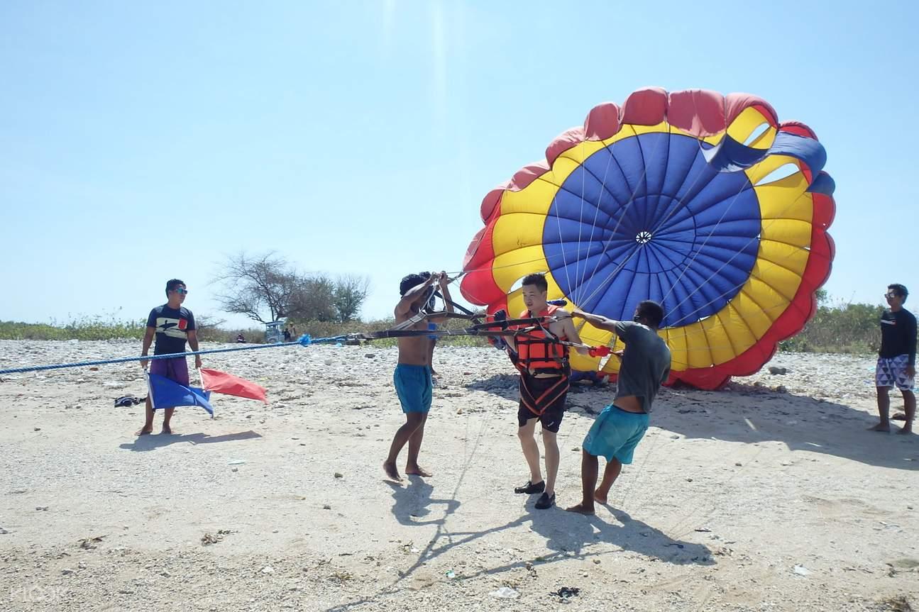 巴厘島滑翔傘,巴厘島海上滑翔傘,巴厘島水上活動