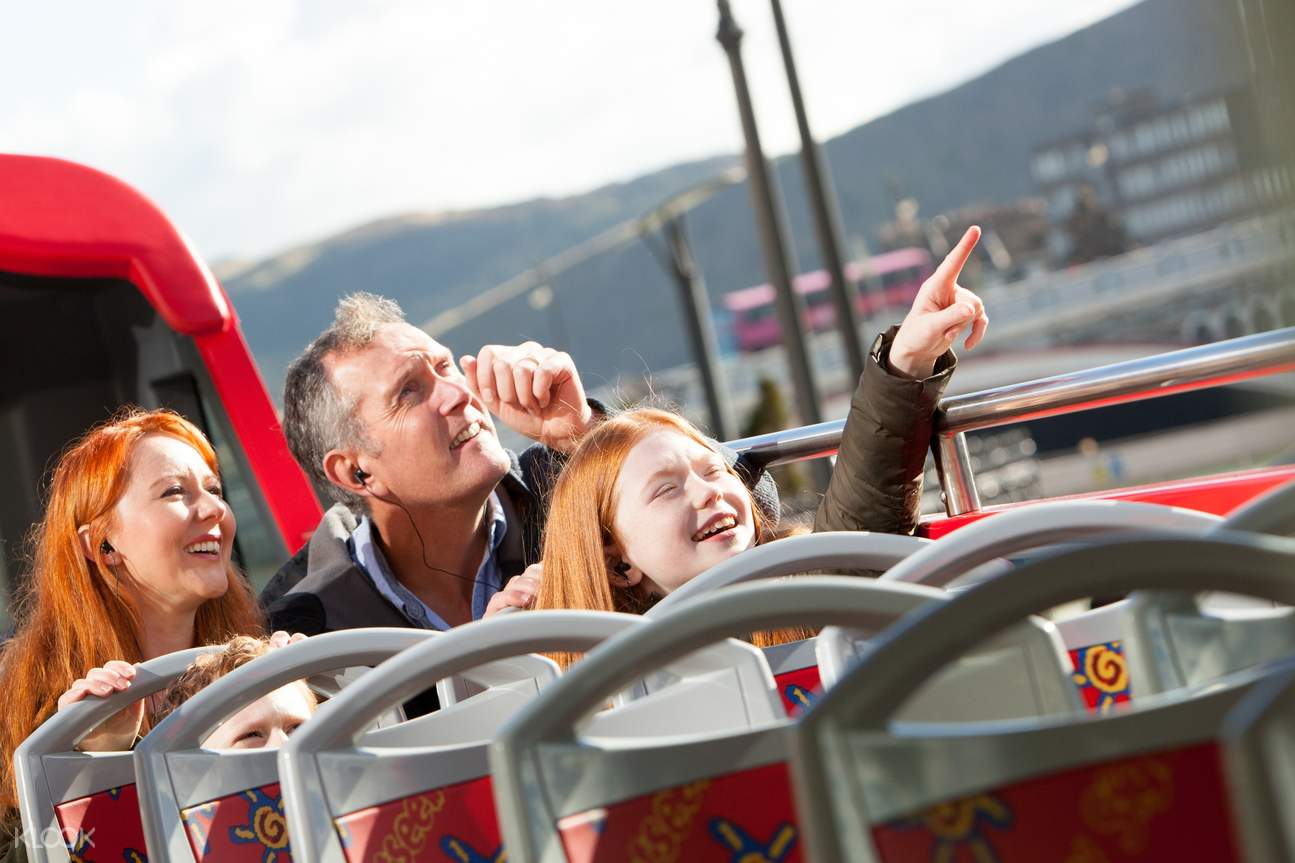 Edinburgh bus tour
