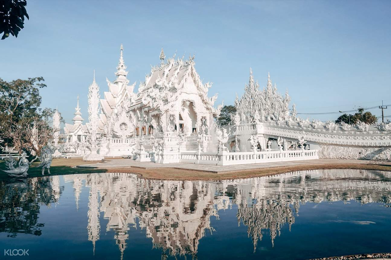 white temple chiang rai full day private tour