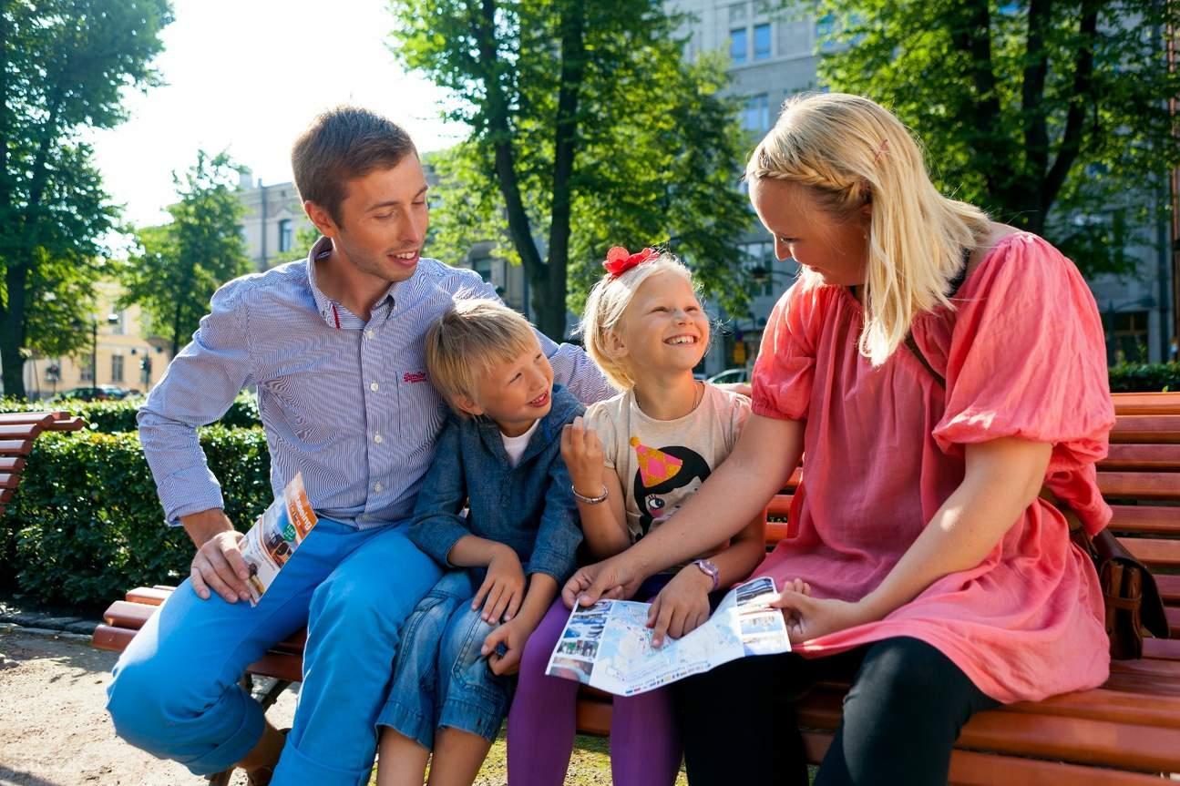 赫尔辛基的一家
