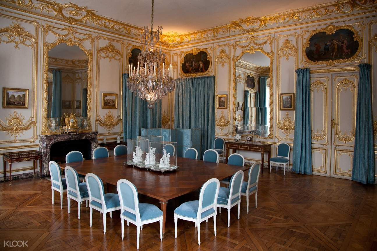 chateau versailles interiors