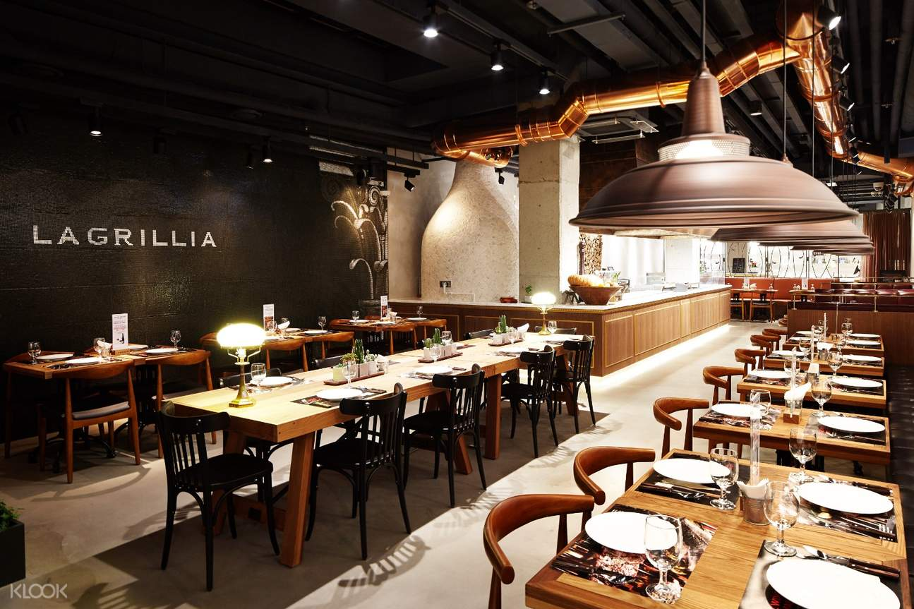 interior of La Grillia in Seoul