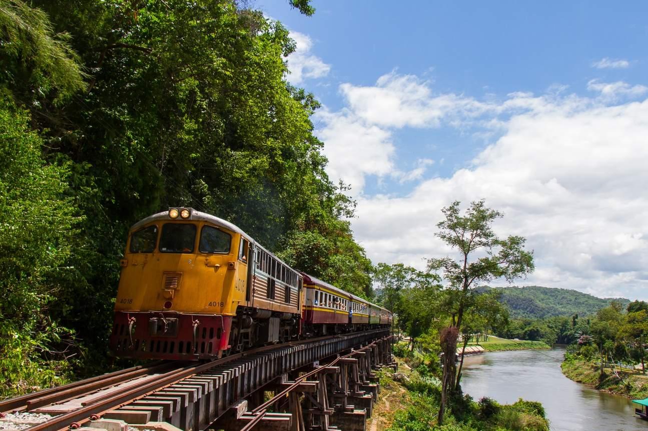 Death Railway Day Tour Pribadi Kanchanaburi Highlights
