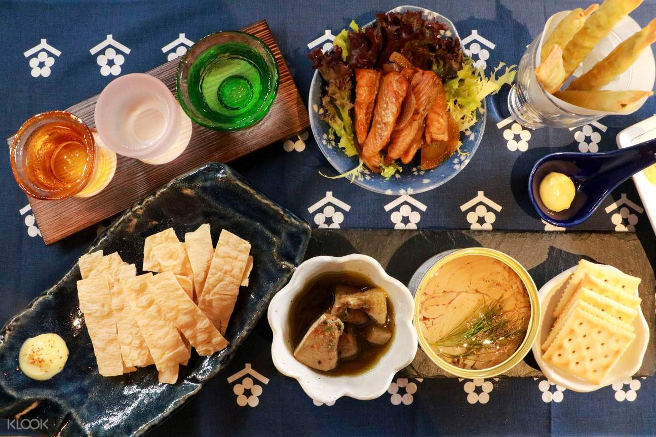 sake tasting set and bar bites Ottotto in Sheung Wan