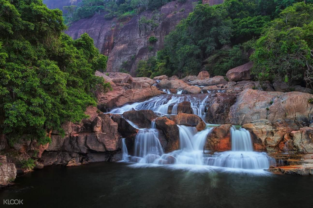 巴格蘇納格瀑布 Bhagsu Fall