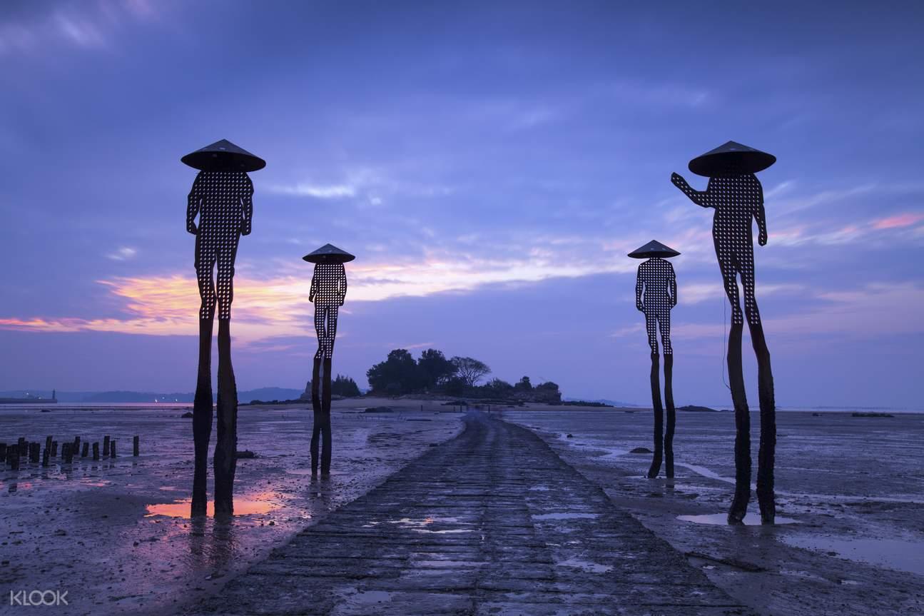 Jiangongyu Islet sculpture