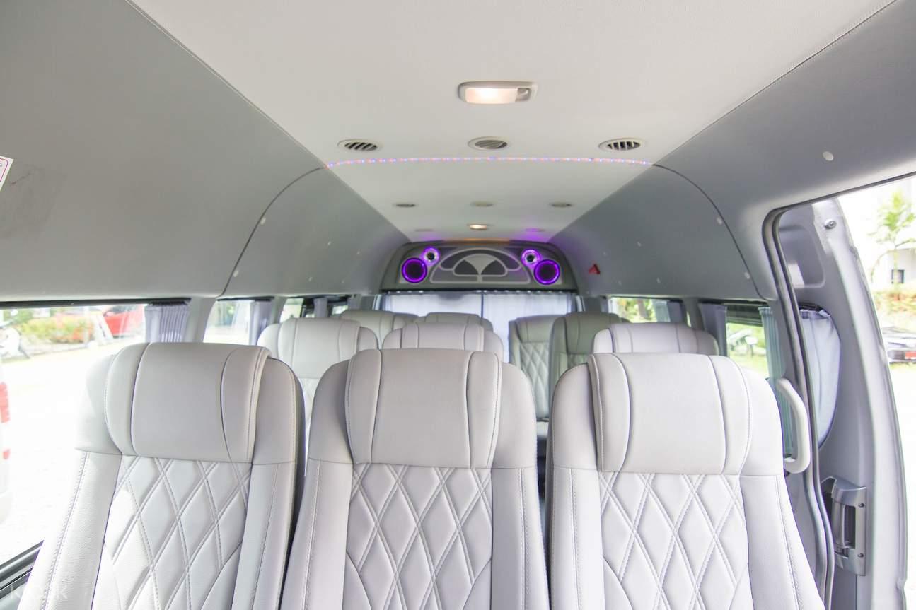 丰田通勤车