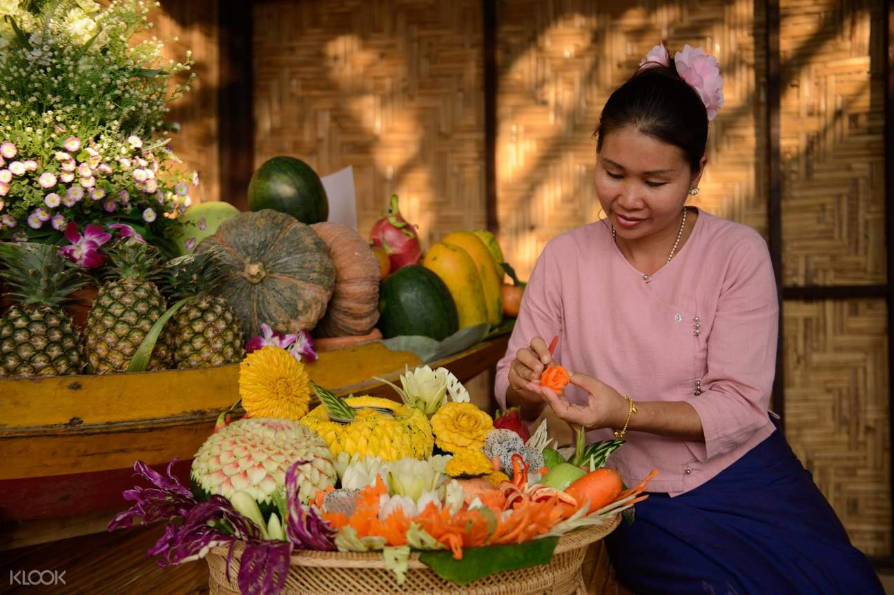 Thai Thani Arts & Culture Village fresh fruis