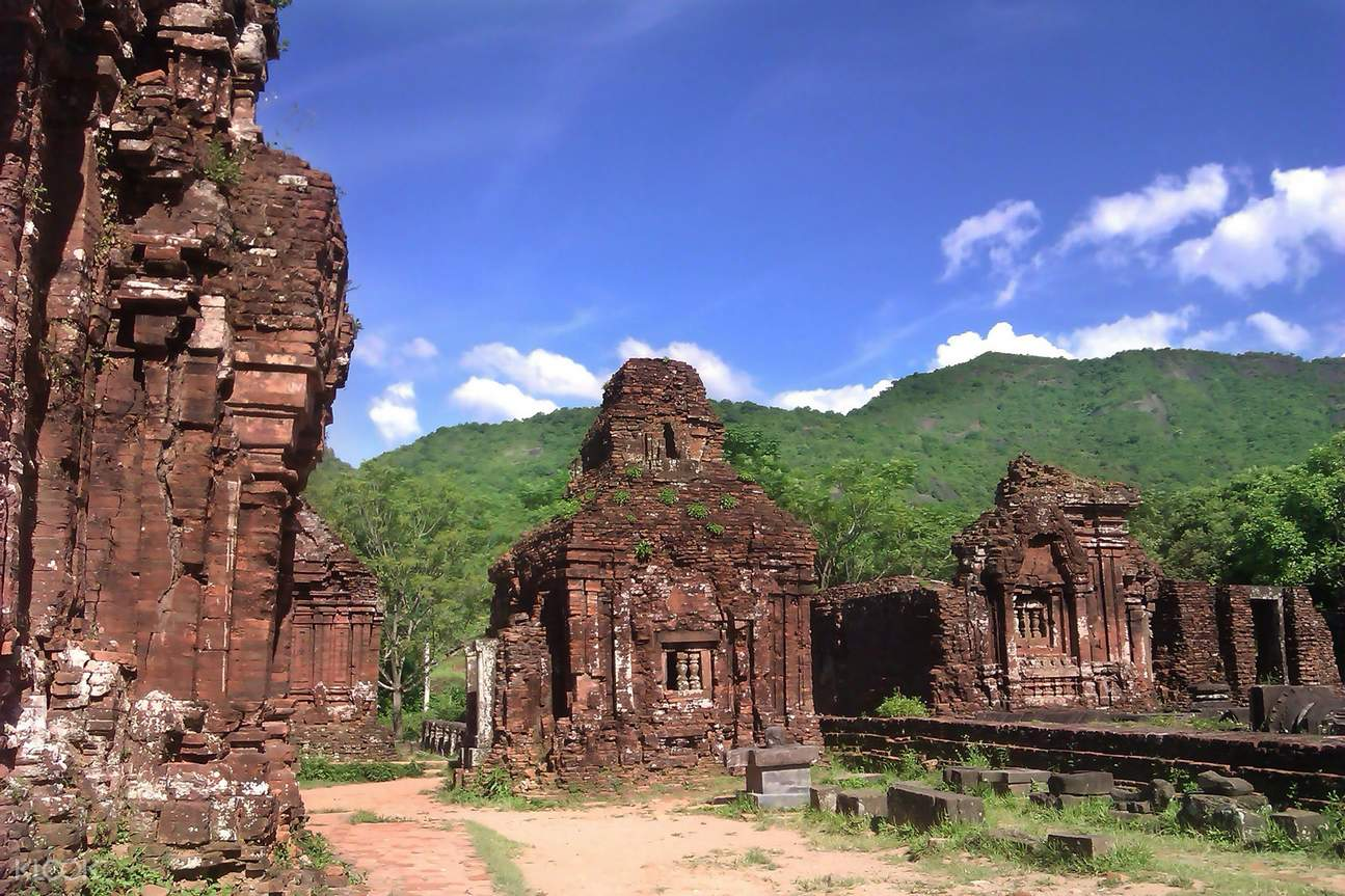 Hindu temple ruins in My Son