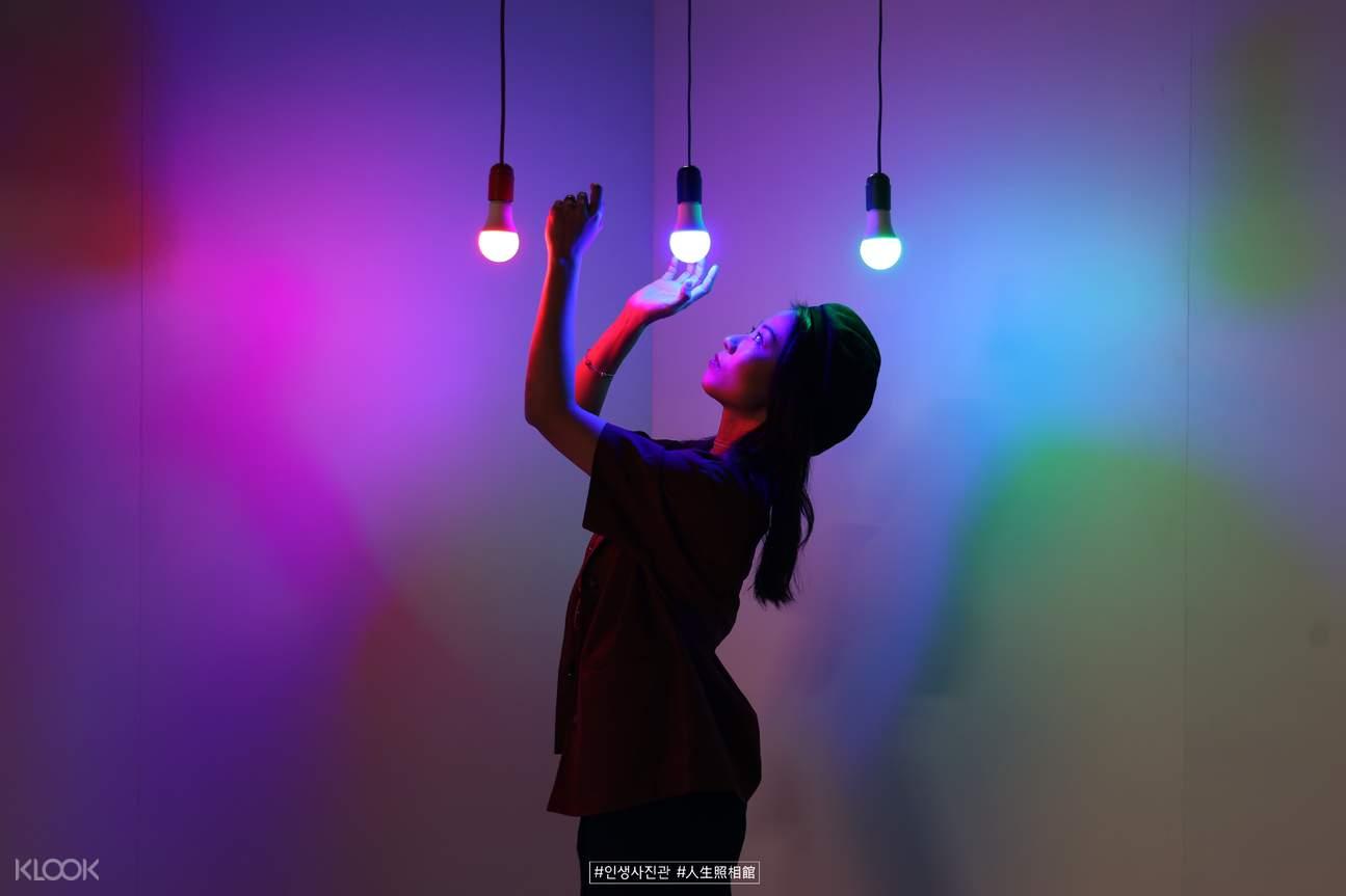 RGB大冒險:揭開你的陰暗面,喚醒那些藏在你內心的慾望和潛意識。