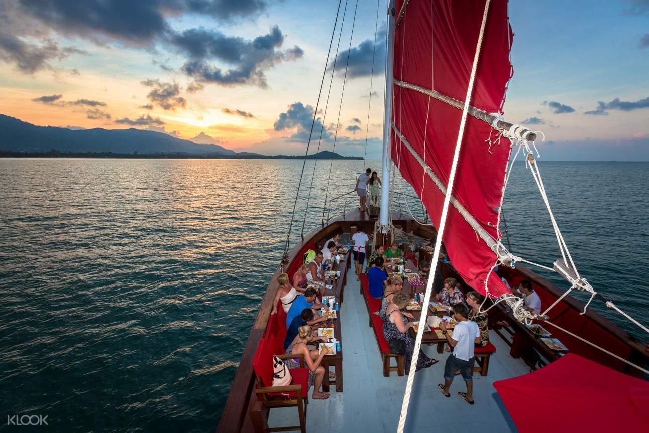 thai deck red baron cruise