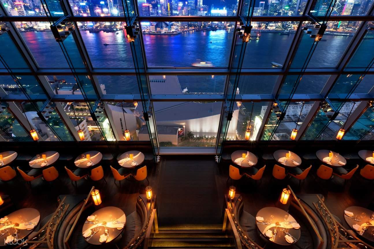 座落於北京道一號閣樓的Aqua