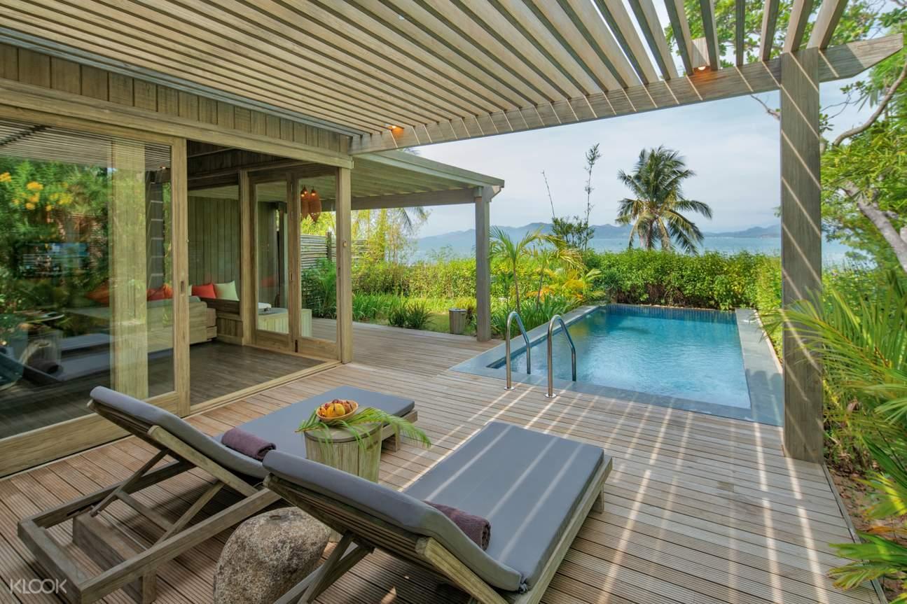 hồ bơi Bay View Pool Villa