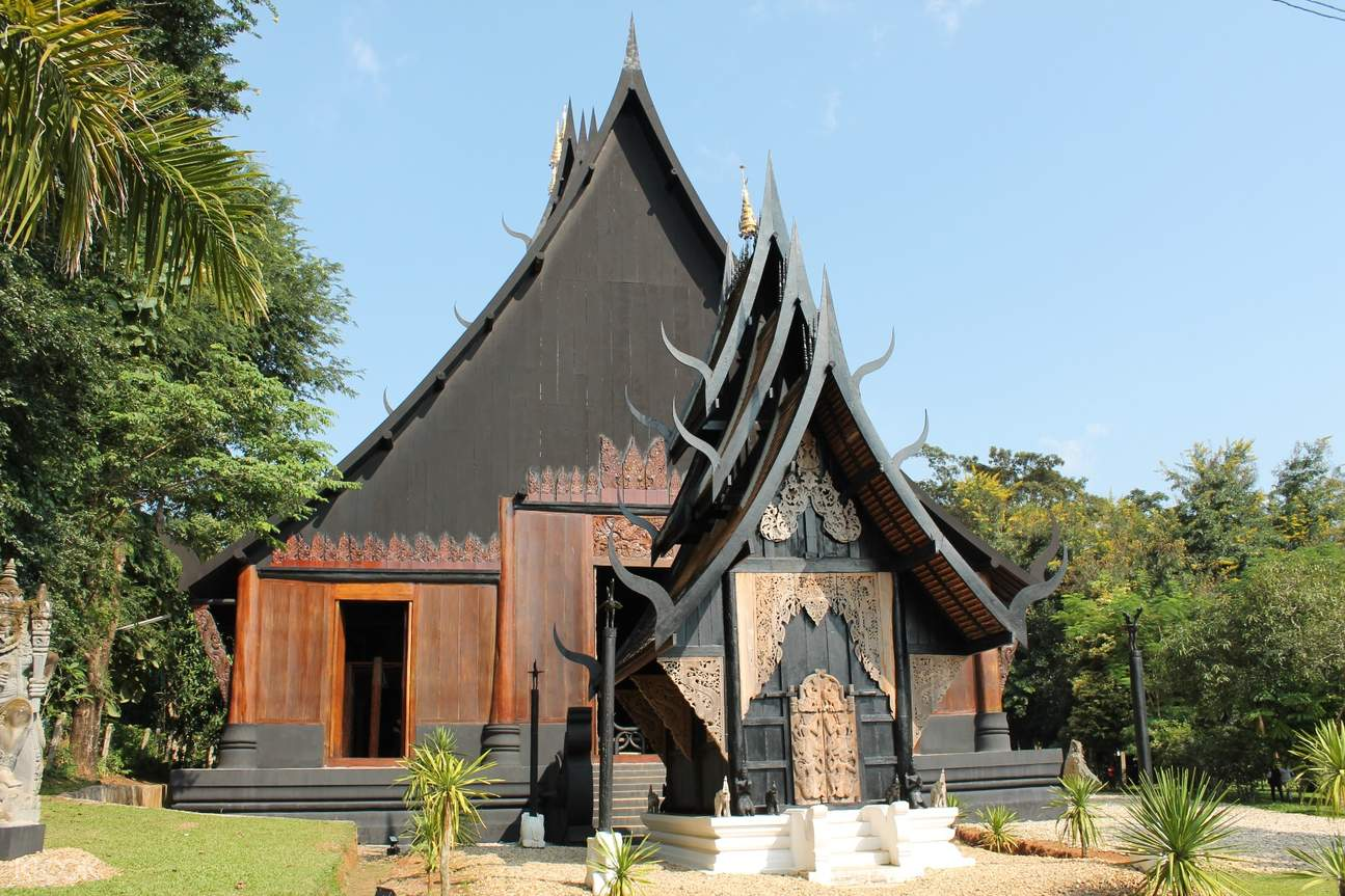 the black house thawan duchanee chiang rai half day private tour