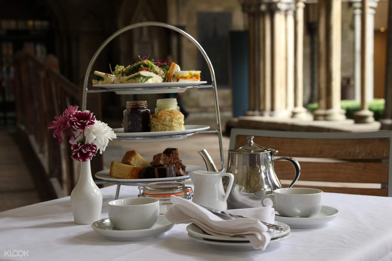 afternoon tea at salisbury cathedral
