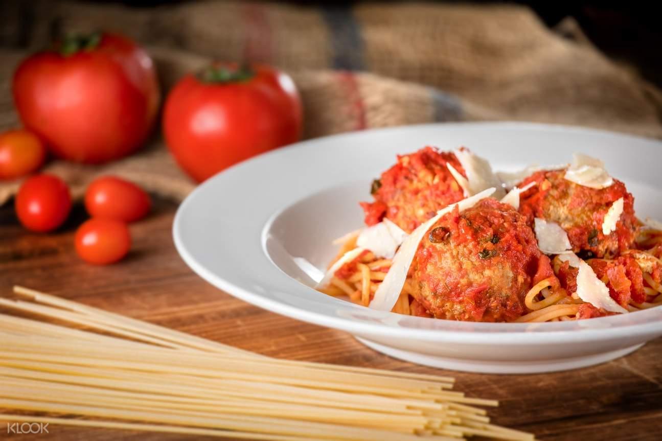 spaghetti meatballs the salted pig tsim sha tsui hong kong