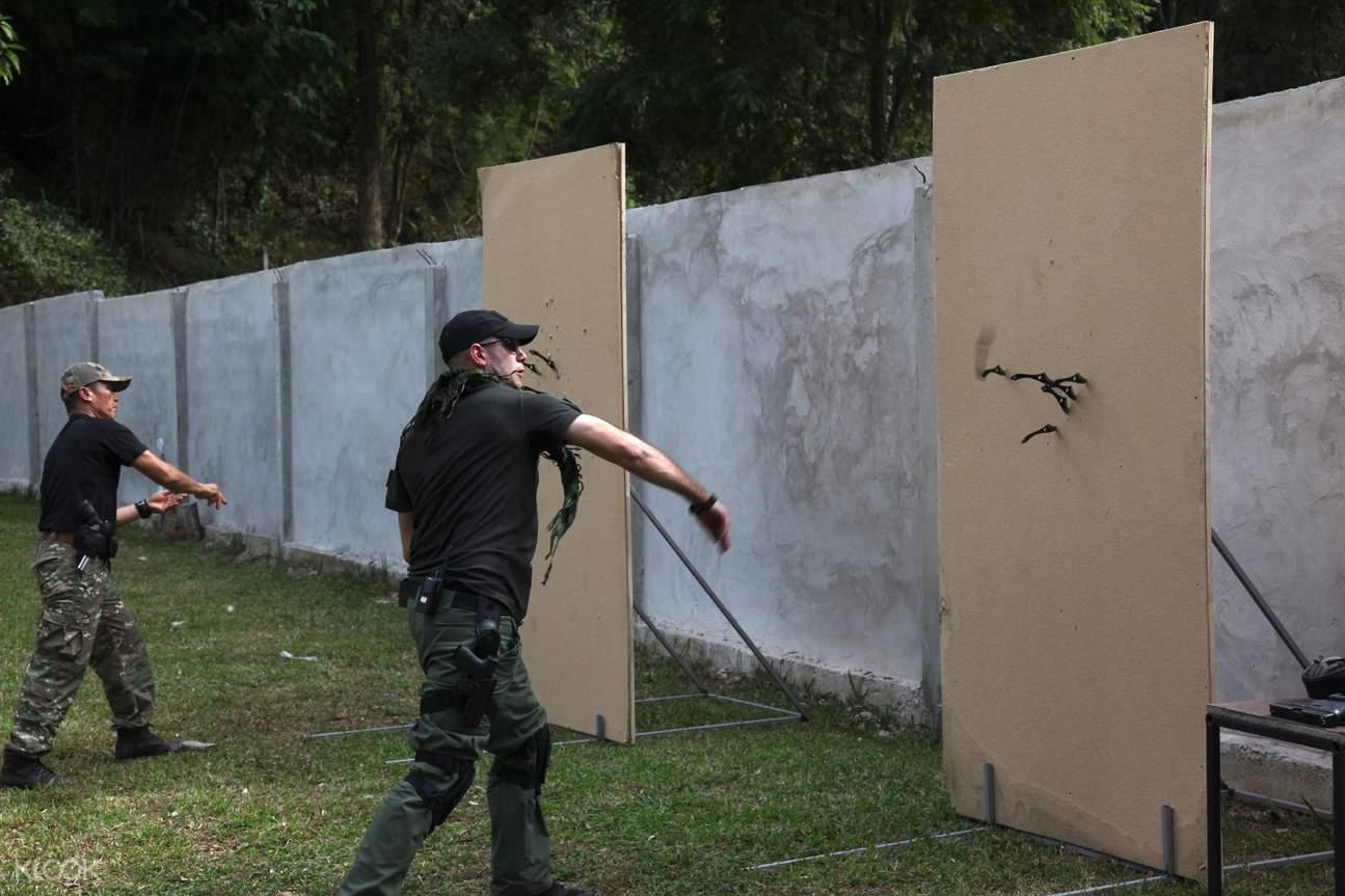 清迈ICA特种部队射击体验