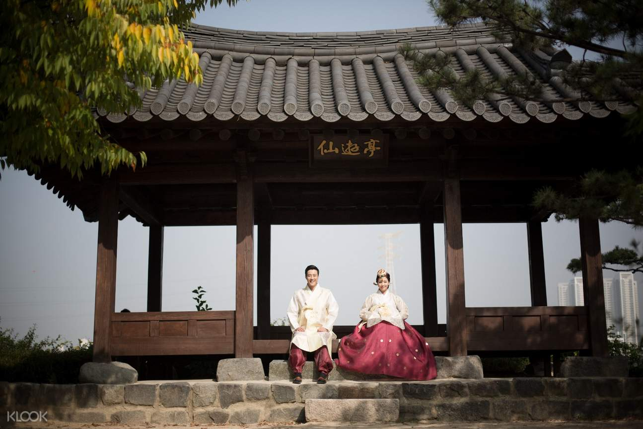Hanbok Portrait Experience by Z-and in Seoul
