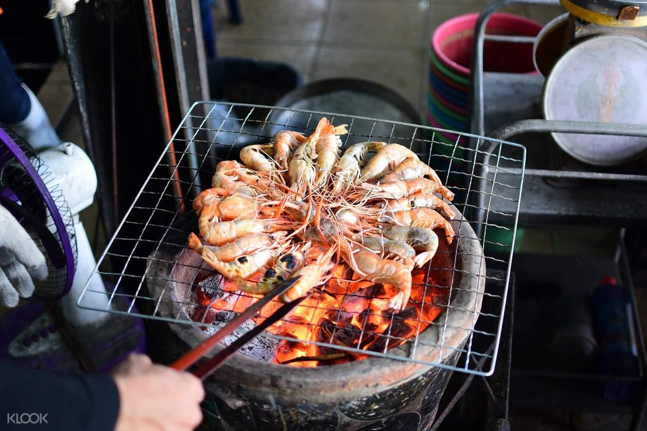 阿瑜陀耶有硕大肥美的泰国虾