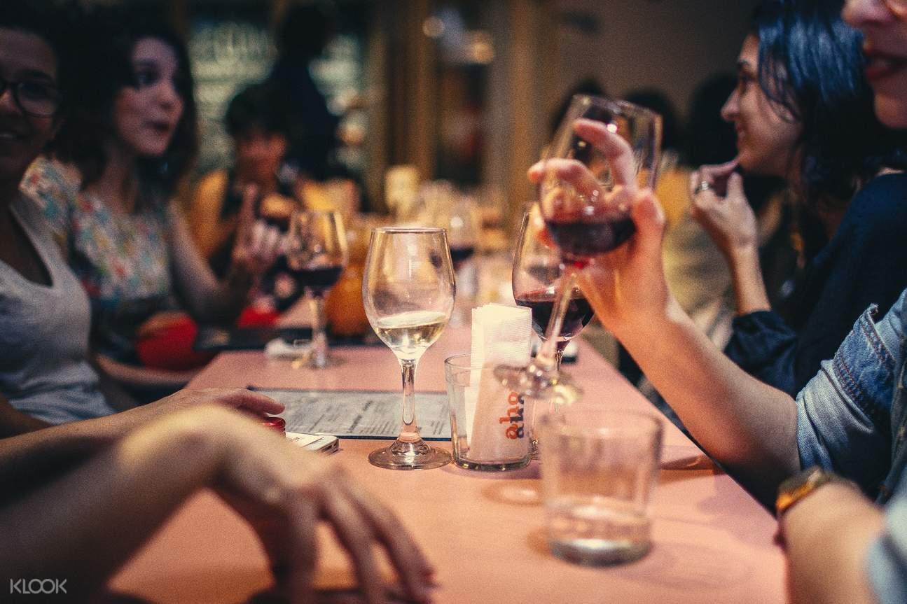印度果阿邦酒吧串游體驗