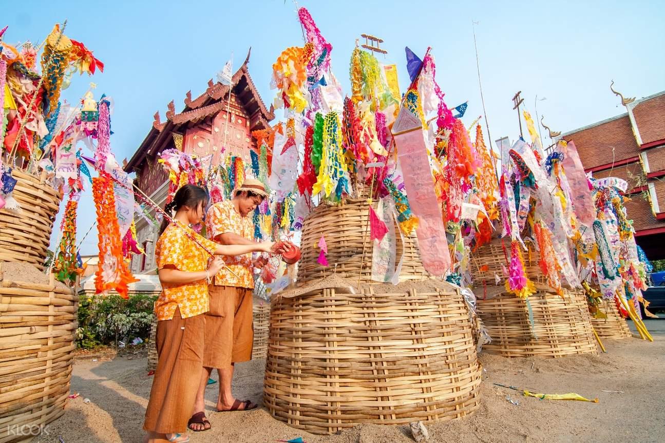 2018曼谷宋干节,曼谷寺庙祈福,曼谷嘟嘟车泼水节