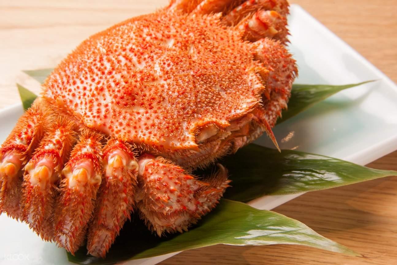 Hokkaido Horsehair Crab at Yuuichirou Shouten at Sapporo Station