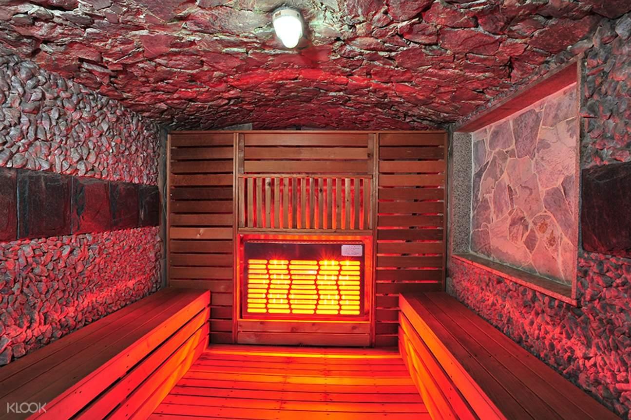 sauna hana mud spa