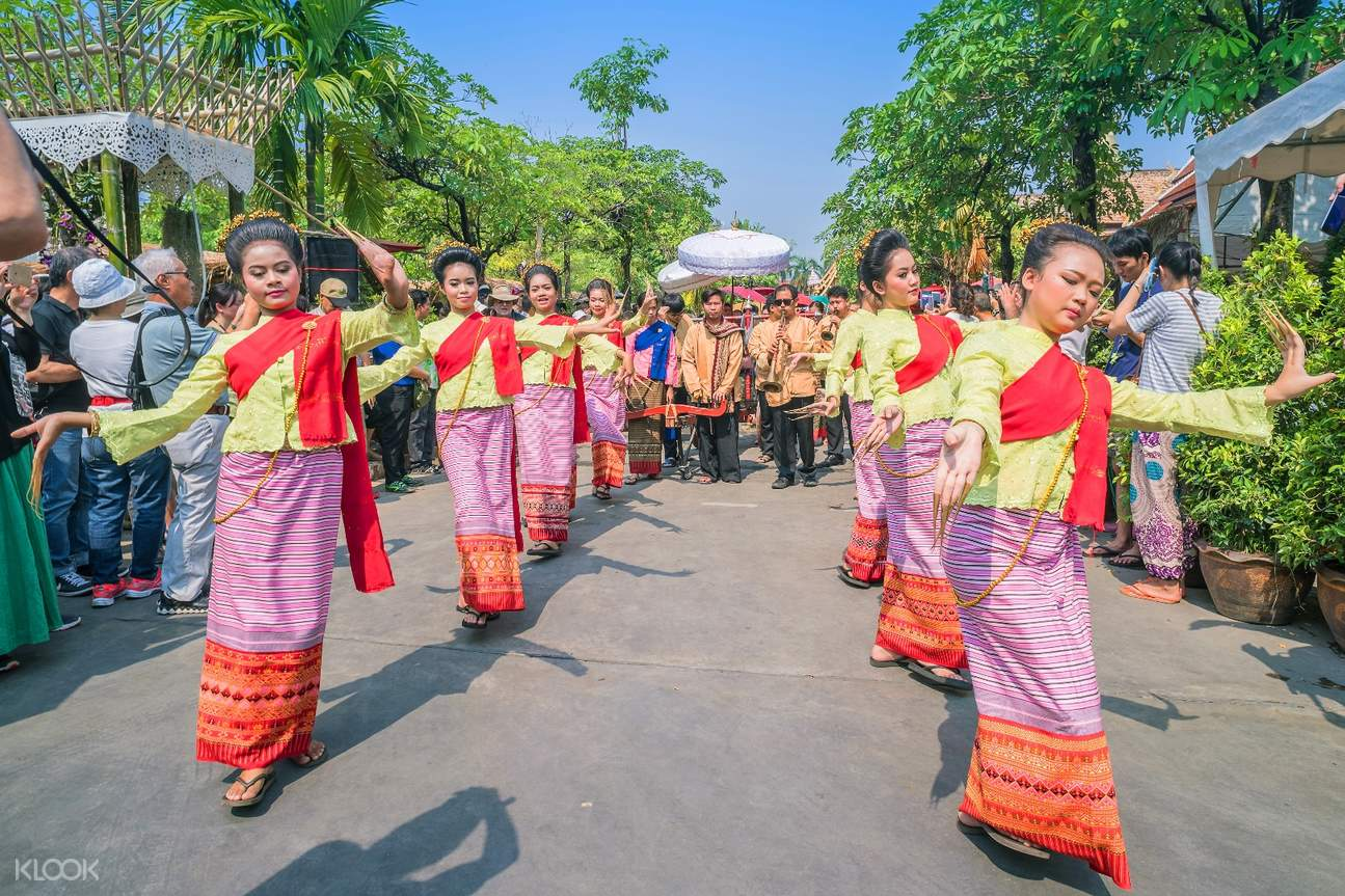 songkran folk performances