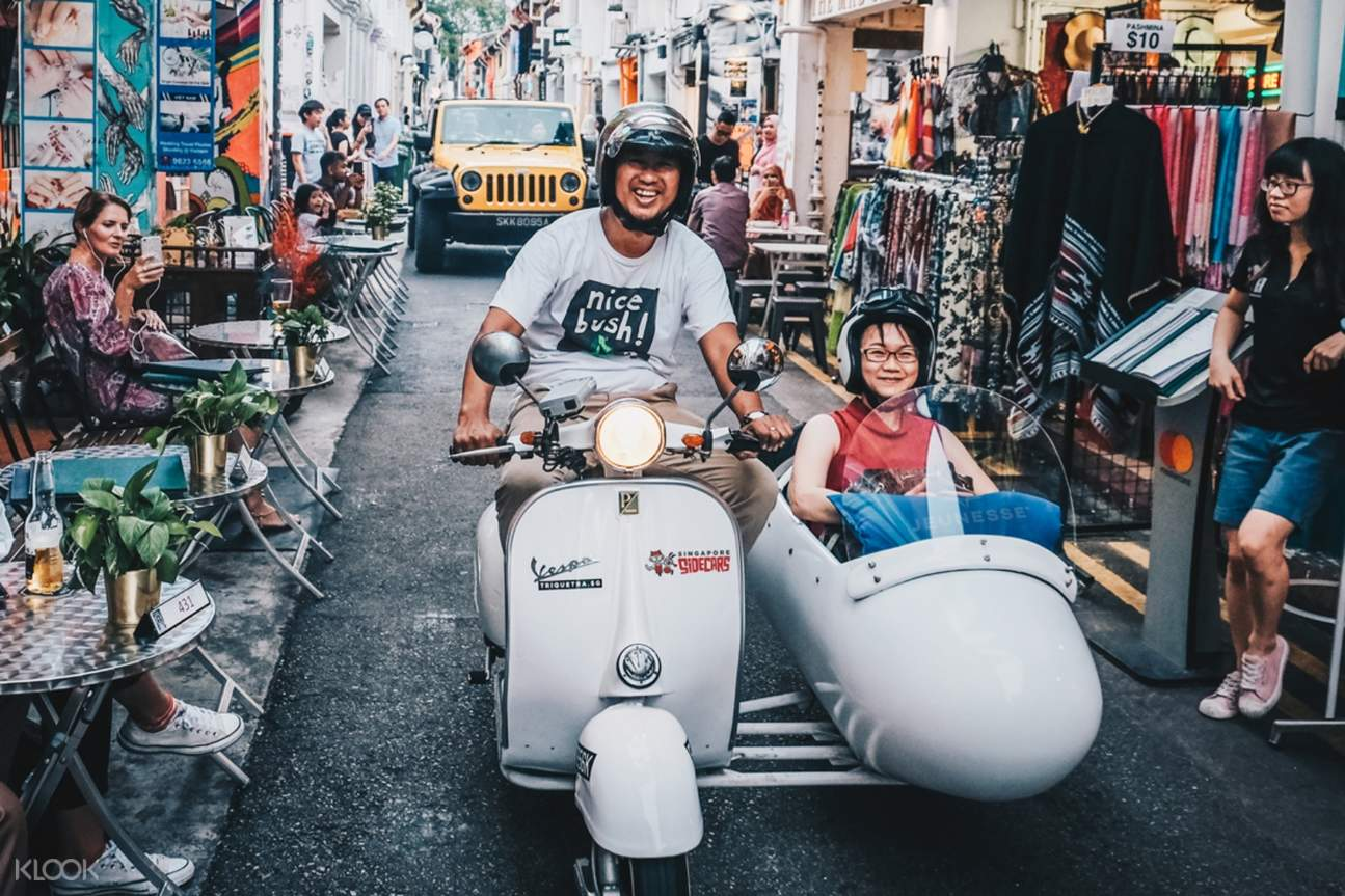 vespa tour on the streets of singapore