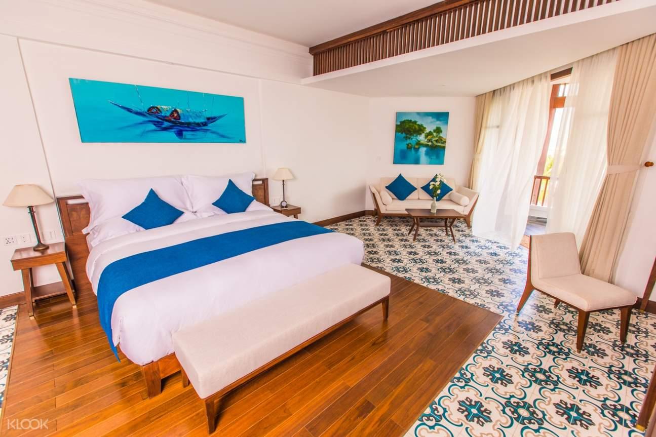 phòng hướng vườn có ban công ở the anam resort