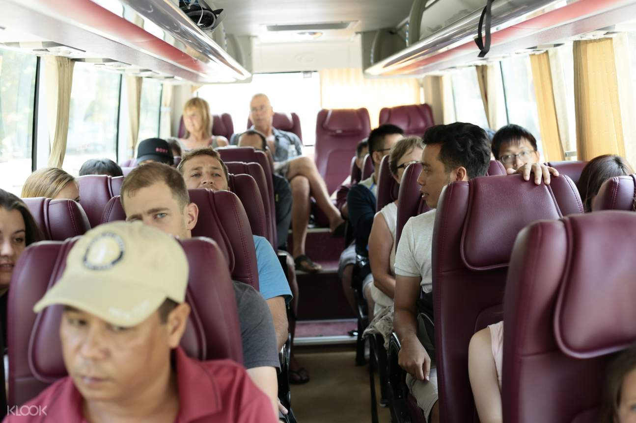 Shuttle Bus Mai Chau and Na Phon Village Day Tour by Bus from Hanoi