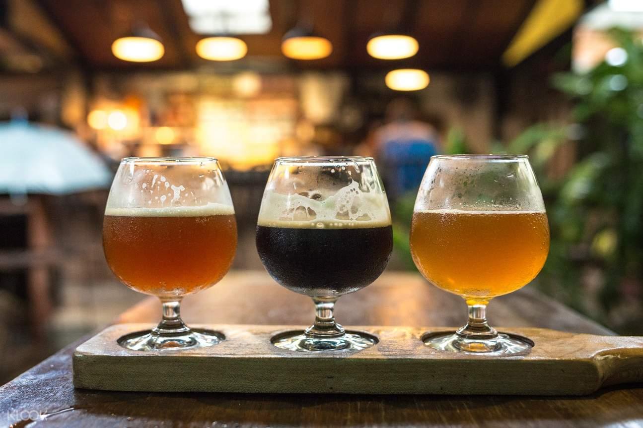 beers in hidden bars in phnom peng