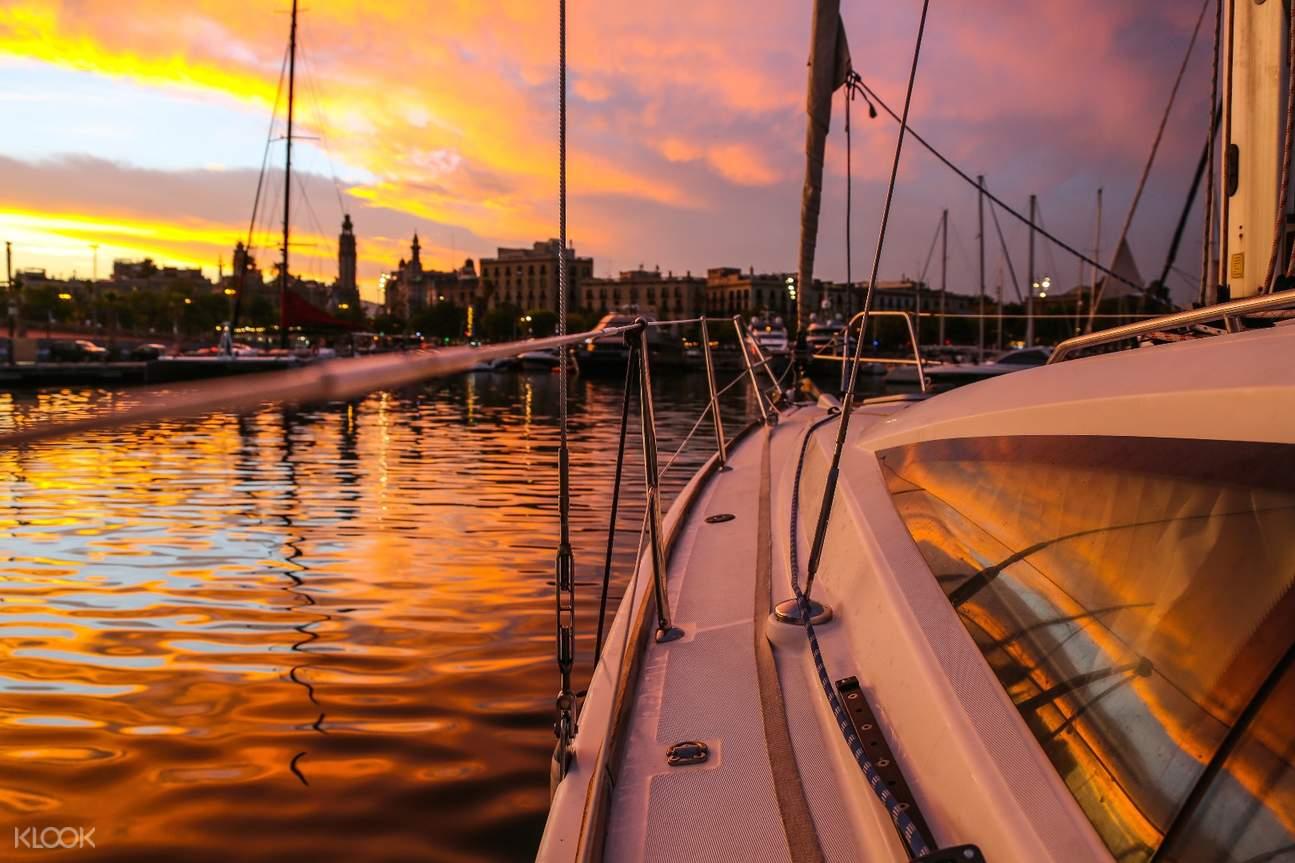 巴塞羅那遊船觀光,巴塞羅那落日遊船,巴塞羅那私人帆船,巴塞羅那海上之旅,巴塞羅那地中海落日,巴塞羅那舊港出海