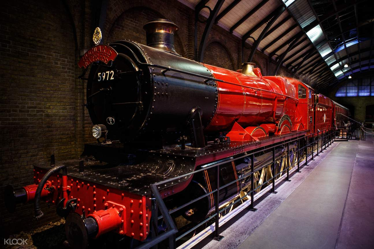 Hogwarts express replica