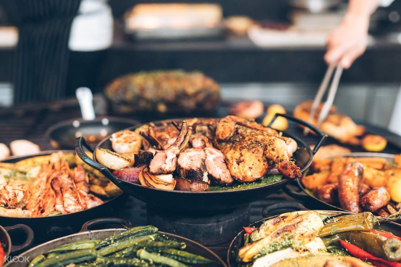 露天池畔餐廳 - 燒烤自助晚餐