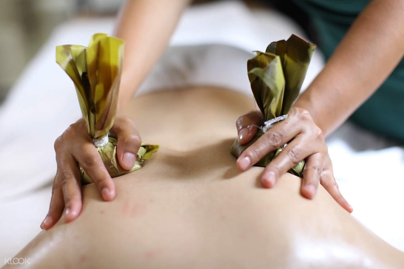 Nilaib Hot Stone Massage
