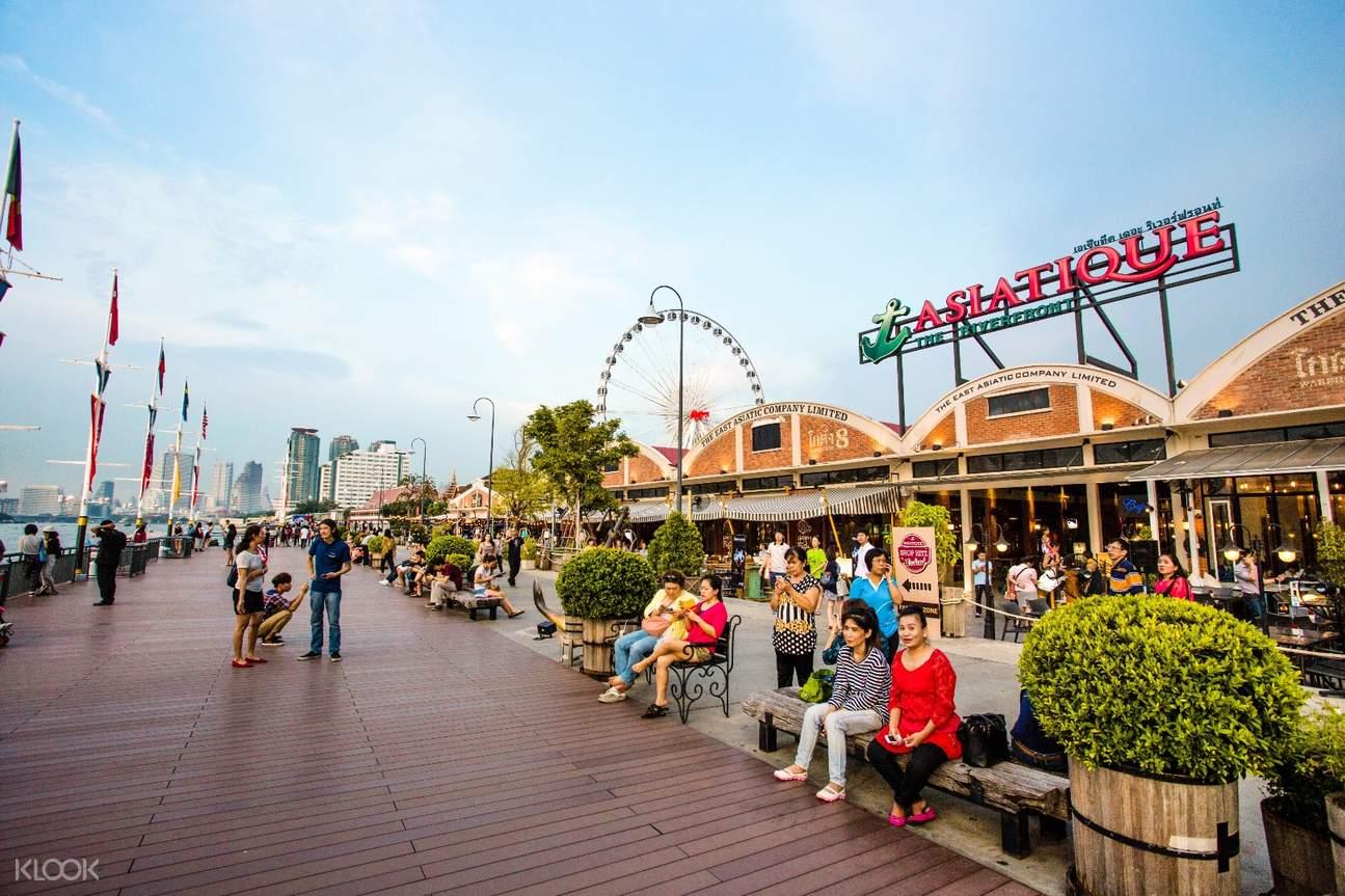 曼谷碼頭夜市