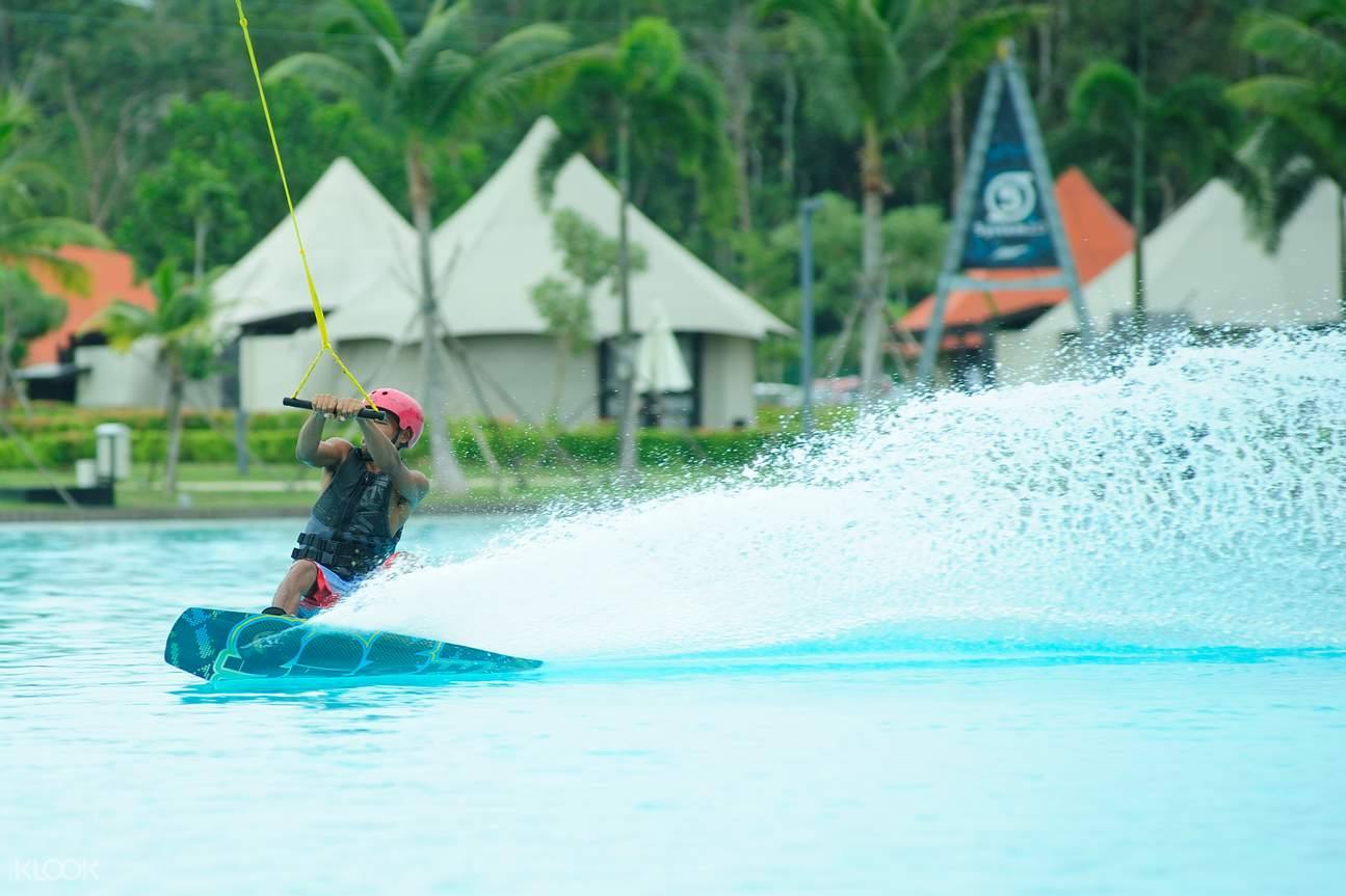 Chill Cove Wake Park Indonesia - Klook