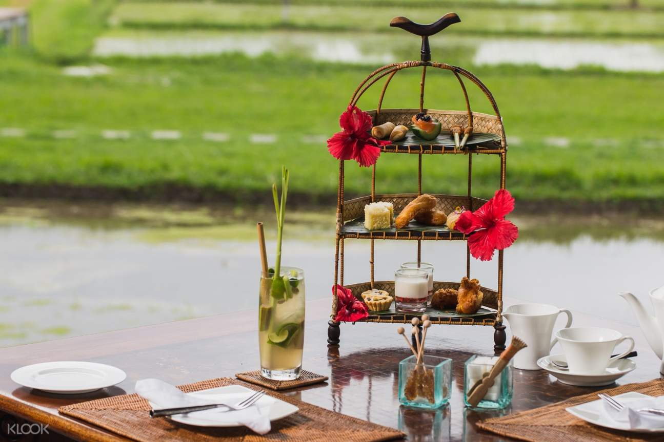3 tiered afternoon tea snacks and drinks