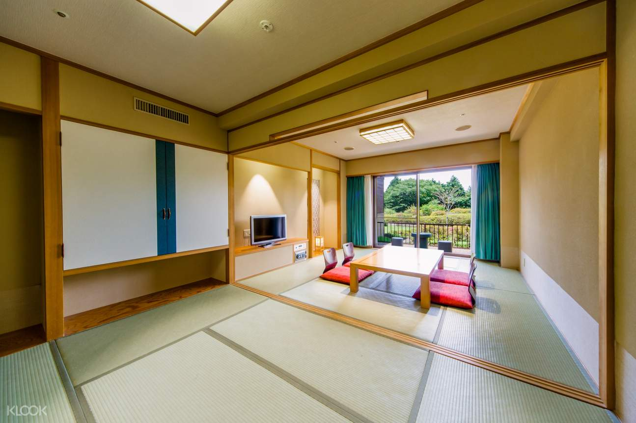 Relax in the Japanese style room