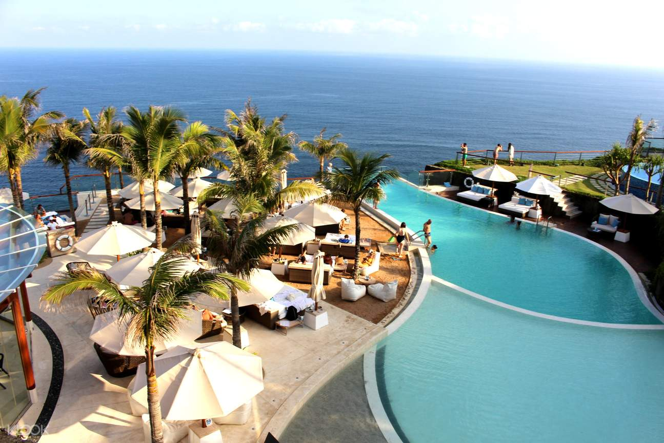 One-Eighty Day Pass at The Edge Bali