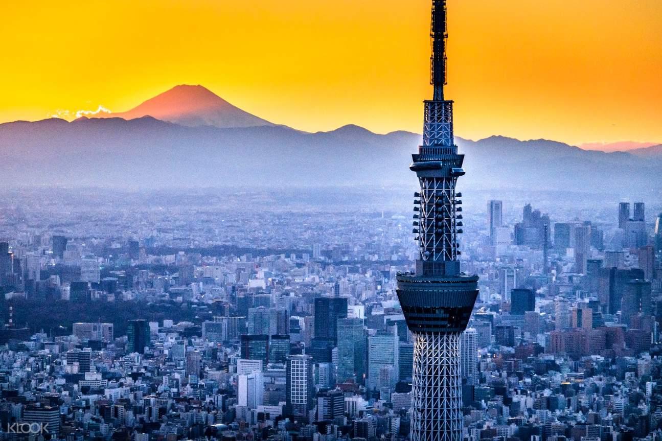 Tokyo Skytree in twilight