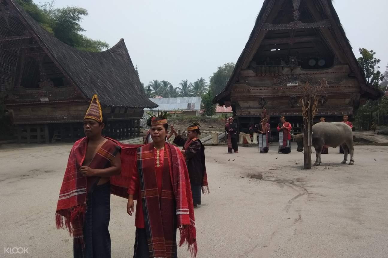 Samosir Island villagers