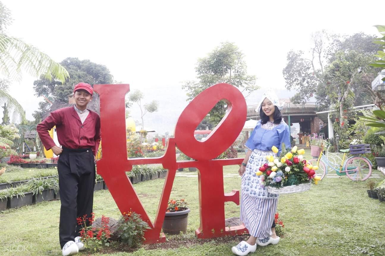 Taman di Rumah Belanda Bandung