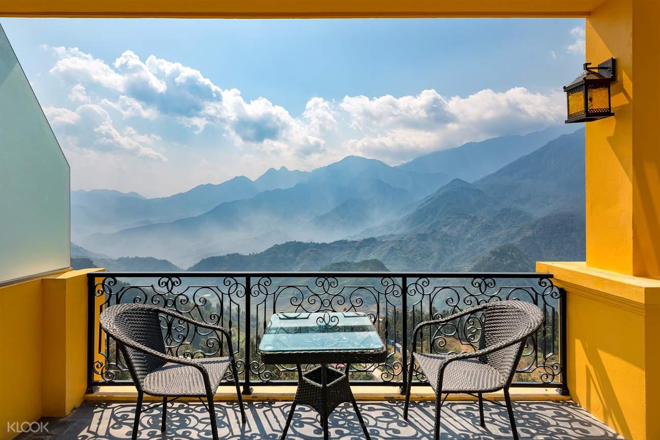 Premier Deluxe Balcony room