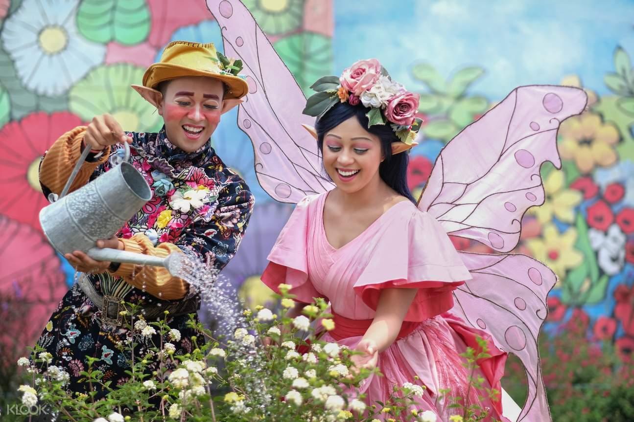 keluarga dan para peri di fairy garden bandung