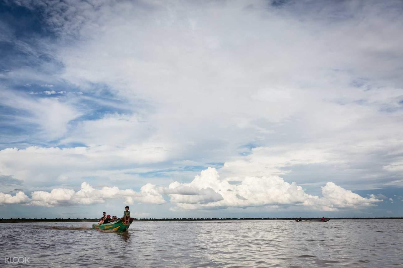 kompong phluk floating village siem reap
