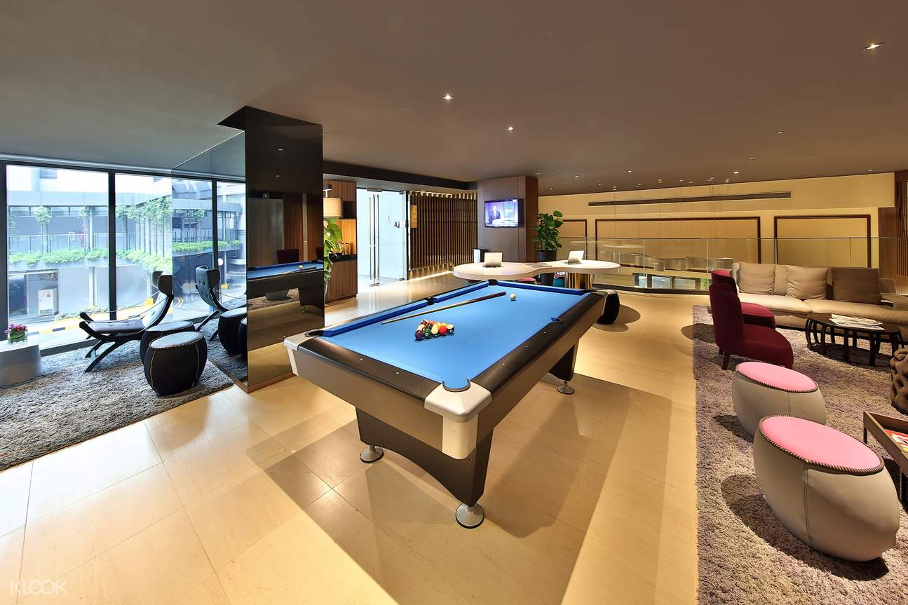The Living Room (Pool Table)