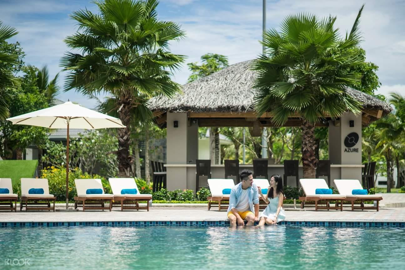 pool in Radisson Blu Resort